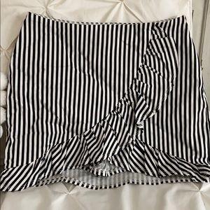 Black and white skort